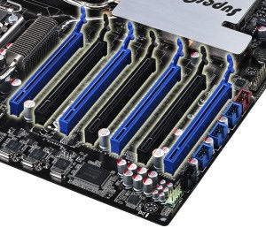 7pcie pic ASUS P6T7 WS SuperComputer Review